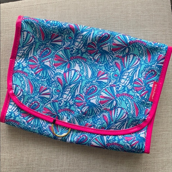 NWT Lilly Pulitzer for Target hanging valet case